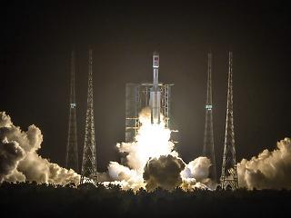 Három asztronautát küld az űrbe csütörtökön Kína