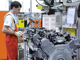 Ínséges félévet zárt az Audi: a bevétel, a működési eredmény és a nyereség is csökkent