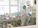 Koronavírus: folyamatosan csökken a nyomás az egészségügyön