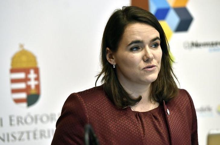 Novák Katalin egy korábbi sajtótájékoztatón. Fotó: MTI