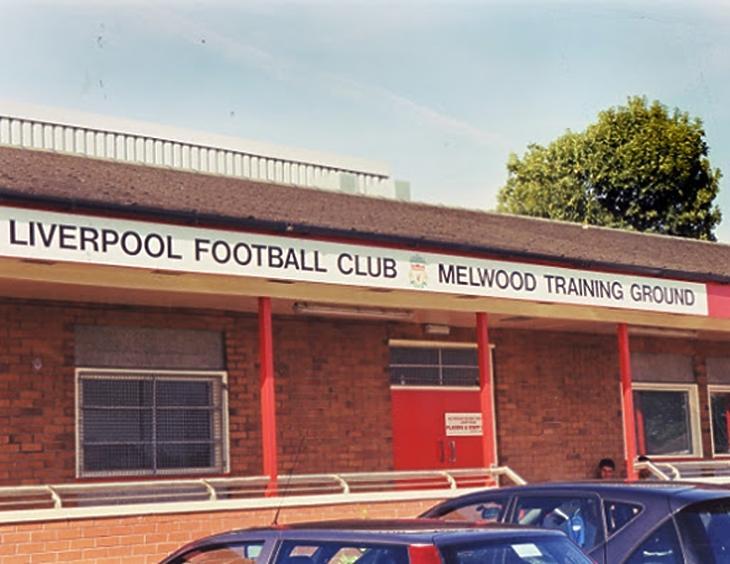 Az újjáépített edzőkomplexum bejárata a 60-as években (liverpoolfc.com)