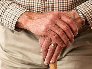 PCR-teszttel lehet csak visszatérniük az idős otthon lakóinak