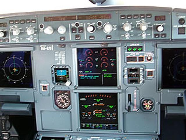 Az A320-as pilótafülkéje