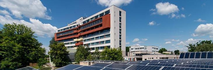 A hatvani Albert Schweitzer Kórház-Rendelőintézet az egyik első fecske. Fotó: ask.hu