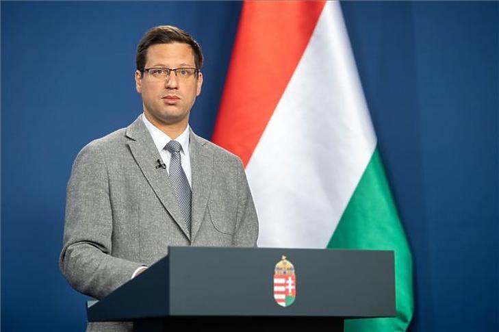 Gulyás Gergely, a Miniszterelnökséget vezető miniszter egy korábbi Kormányinfó sajtótájékoztatón. MTI/kormany.hu/Botár Gergely