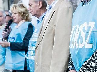 Az EP-választás idején robbanhat ki a közszolgálati sztrájk