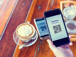 Nem állnak jól a kereskedők a bankkártyás fizetés bevezetésével - jön a QR kód aranykora?