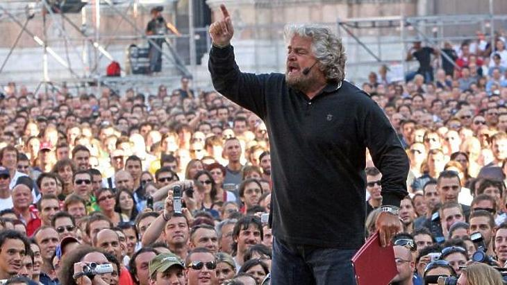 A frontember: Beppe Grillo a Nyasgem Napon Bolognában. Forrás: La Stampa