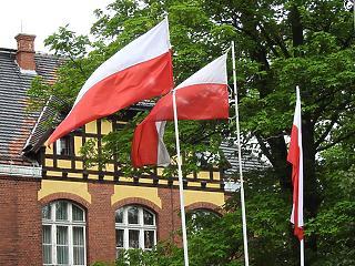 Kettészakadt Lengyelország is - Rendkívül szoros az elnökválasztás