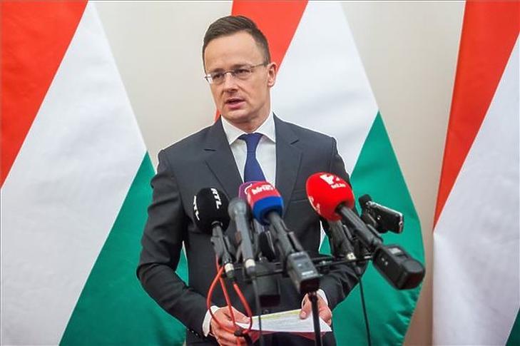 Szijjártó Péter külgazdasági és külügyminiszter jó hírekről számolt be (MTI Fotó - Balogh Zoltán)