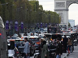 Franciaországban is telítődnek a kórházak