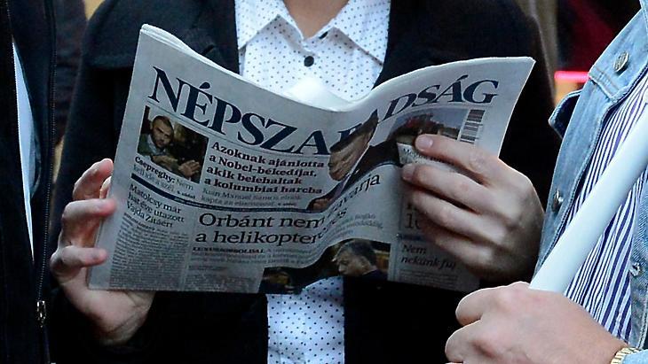 A Népszabadság utolsó kiadása. Fotó: MTI