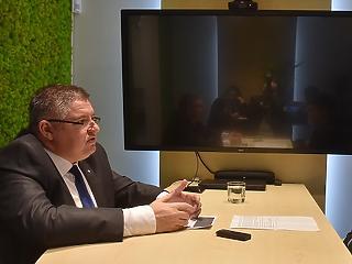 Szlovén tévécsatornát szerezhetett az Orbán Viktorhoz köthető médiabefektető