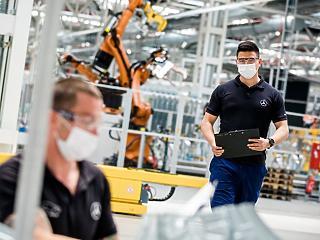 Újraindult a gyártás a kecskeméti Mercedesben