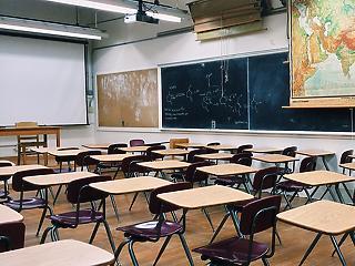 Diákból és tanárból is egyre kevesebb van a magyar középiskolákban