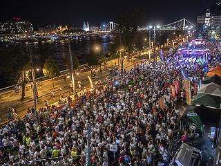 Éjszakai futóverseny miatt forgalomkorlátozás lesz szombaton a Lánchíd és a budai Vár környékén