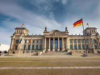 Koronavírus: Folyamatosan csökken az új fertőződések száma Németországban