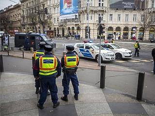 Ezeket az utakat zárják le hétfőn Budapesten