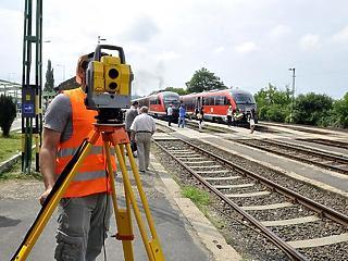 9 milliárdból rövidül egyetlenegy percet a vasúti menetidő