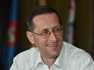 Varga Mihály kiállt az euró mellett - erős üzenetet küldve a jegybankelnöknek