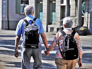 Egy hónap, és megtudjuk, mennyi pénzt kapnak a nyugdíjasok novemberben