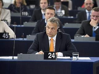 Megszavazta az EP a Magyarországot és Lengyelországot elmarasztaló állásfoglalását