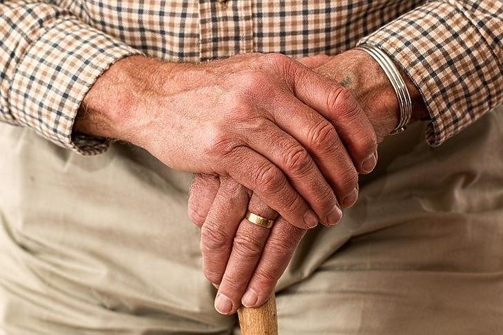 Már szervezik az idősotthonokban a harmadik oltást. Fotó: Depositphotos