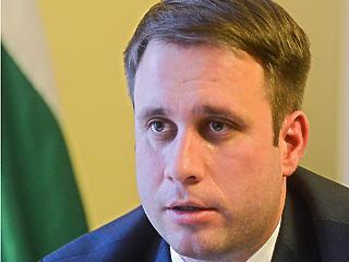Több mint egymillió magyar kerül jobb helyzetbe jövőre