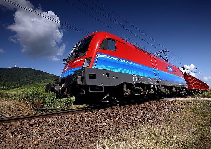 A Rail Cargo Hungaria egyik szerelvénye. (Forrás: Wikipédia)