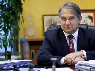 Vádat emeltek Töröcskei istván korábbi bankvezér ellen