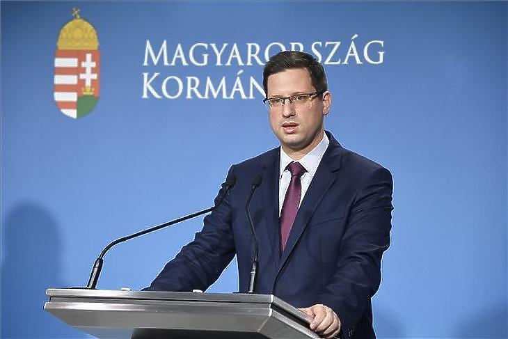 Gulyás Gergely nem zárja ki, hogy lesz idén minimálbér-emelés