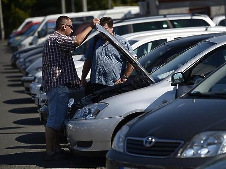 A használt autók ismét előretörtek