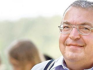 Simicska eladja cégbirodalmát Nyergesnek