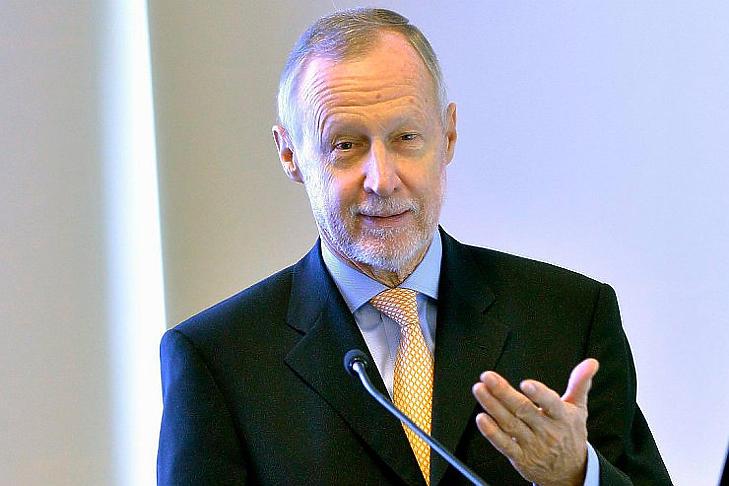 Bogsch Erik is a vállalat erkölcsi kötelezettségéről beszélt (Fotó: MTI/Máthé Zoltán)