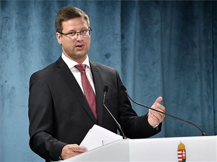 Gulyás Gergely, a Miniszterelnökséget vezető miniszter egy korábbi Kormányinfón. Fotó: MTI/Máthé Zoltán