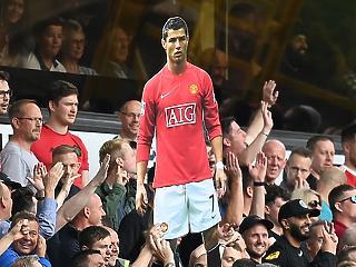 Cristiano Ronaldo 15 millió euróért igazolt vissza a Manchester Unitedbe