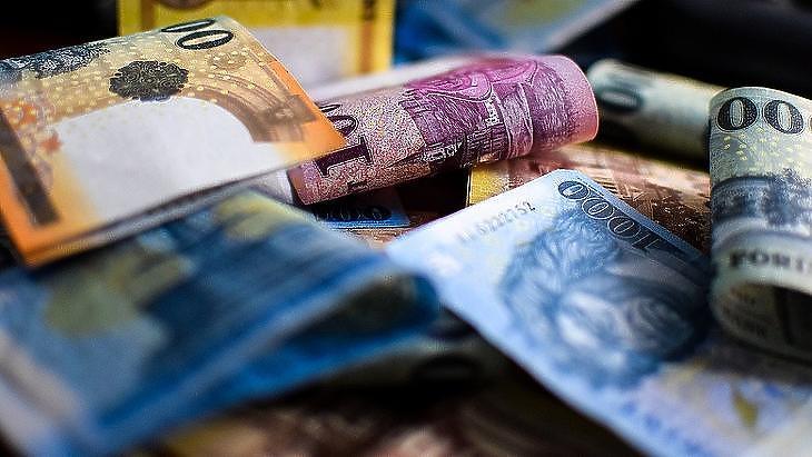 73 milliárdot költött el a kormány (Fotó: MTI)