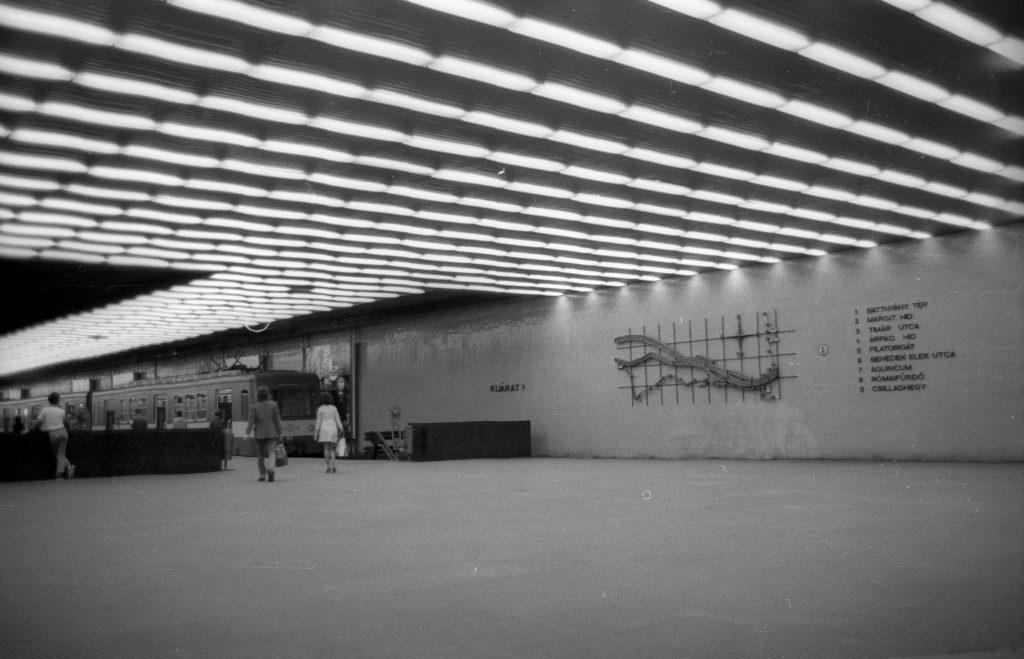 A Batthyány téri HÉV-végállomás 1973-ban. (forrás: Fortepan)