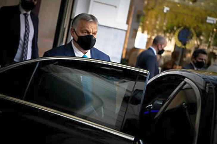 Orbán Viktor miniszterelnök Brüsszelben (Fotó: MTI/Miniszterelnöki Sajtóiroda/Benko Vivien Cher)