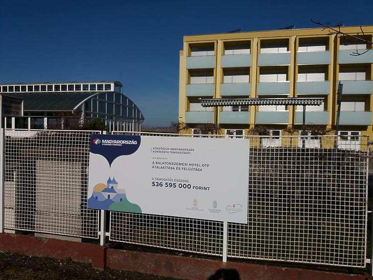 Az OTP szállodája Balatonszemesen Fotó: Vég Márton
