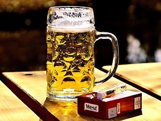 Mostantól az alkohol és a cigi nélkül számolja a maginflációt a KSH