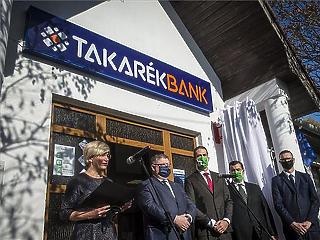 Gyöngyöspatán is tesztelik a Posta-Takarékbank összebútorozást