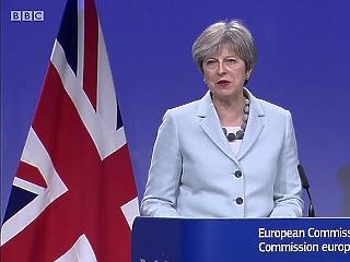 Alakul az új Brexit-kormány