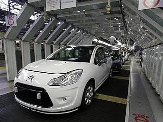 Franciaország bevonná az autógyárakat a csereprogramok finanszírozásába