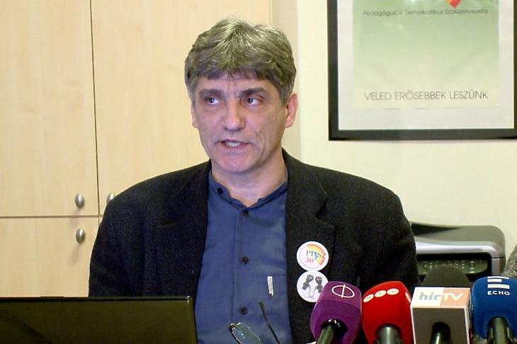 Szűcs Tamás, a Pedagógusok Demokratikus Szakszervezetének elnöke. Fotó: szakszervezetek.hu