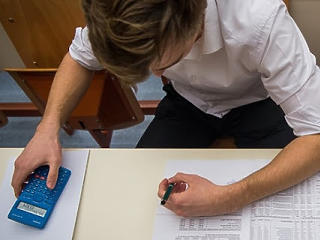 Középiskolai felvételi: könnyebb feladatok és meghosszabbított határidő kéne