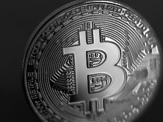 Mi húzhatja át a részvénypiaci prognózisokat? Meddig tart a csend a bitcoin körül?