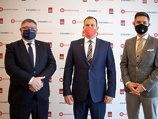 Borzasztóan fontos a kormánynak, hogy megszülessen az új magyar óriásbank