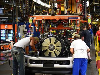 Több ezer munkahelyet számol fel a Ford Európában