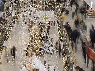 Rövidebb ideig lesznek nyitva a boltok karácsonykor?